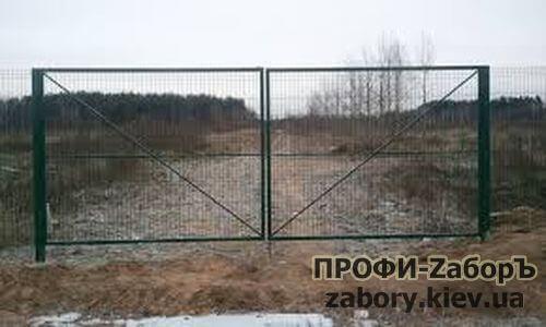 Ворота из сварной сетки с полимерным покрытием